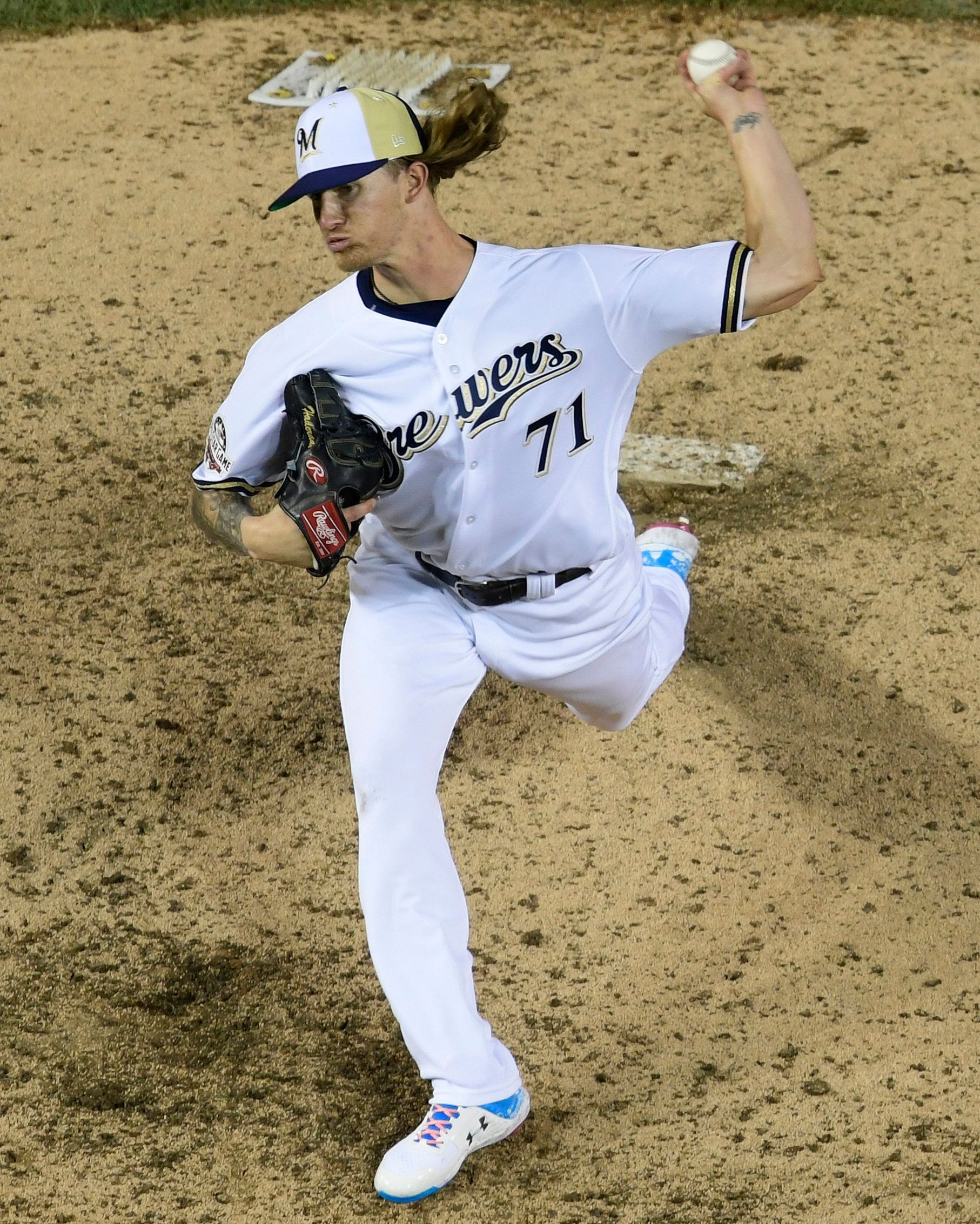 Brewers All Star Hader Takes Responsibility For Tweets All Star Baseball Pitcher Brewers