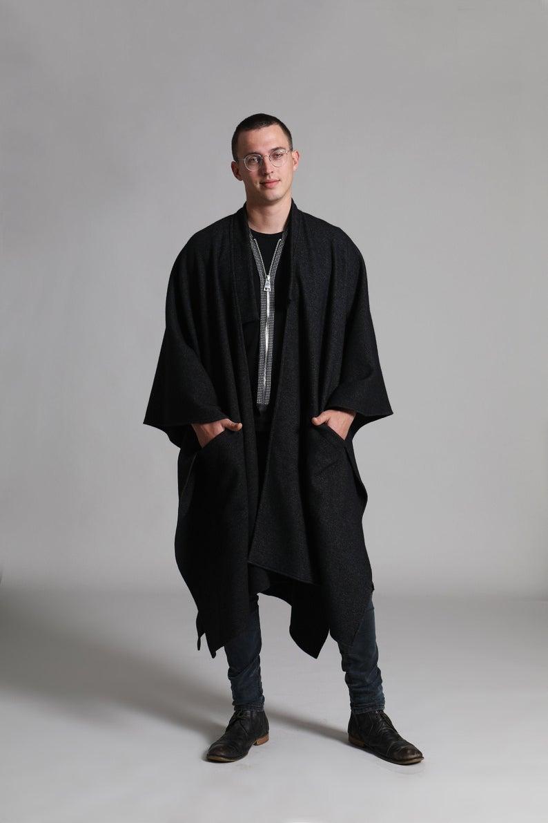 Black Poncho For Men Long Cape Coat Winter Fall Cloak Etsy Mens Poncho Black Poncho Long Cape Coat
