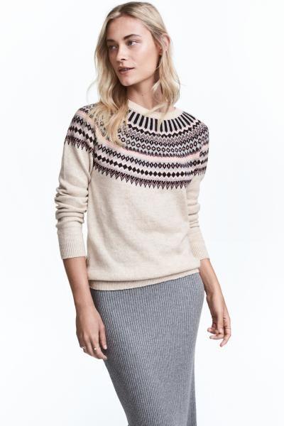 Pullover in maglia jacquard: Pullover in maglia lavorata jacquard di misto cotone con alpaca. Maniche lunghe a raglan. Bordo a costine a fondo manica e in basso.