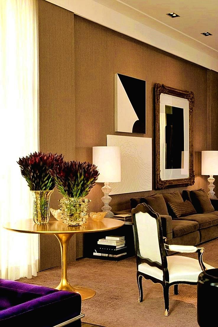Living room decor info don 39 t go with a paint color for Mobilia opening hours