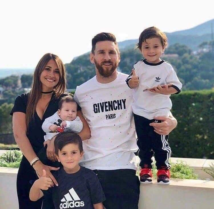 328794961 Messi family  lionelmessi  leomessi  messy  messi  argentina  fc   fcbarcelona  barcelona  love  kids  family  adidas  fifa  worldcup  russia   football ...