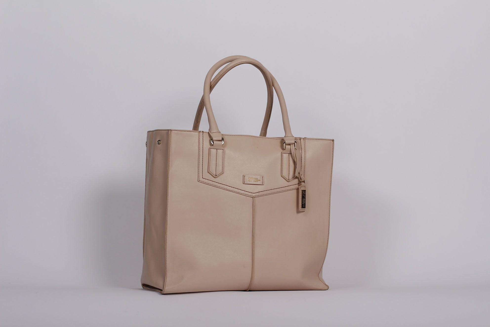 Bag MLSTUDIO for La Halle brand | La Halle design by MLSTUDIO ...