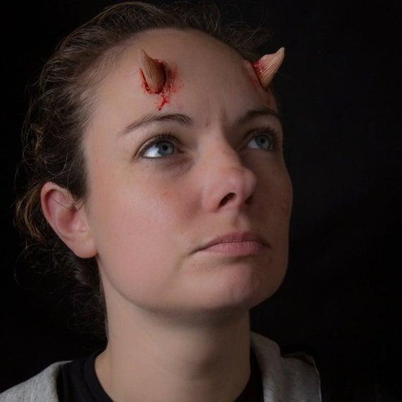 Horn Prosthetics | Vampiro, Cucitura a mano, Cosplay