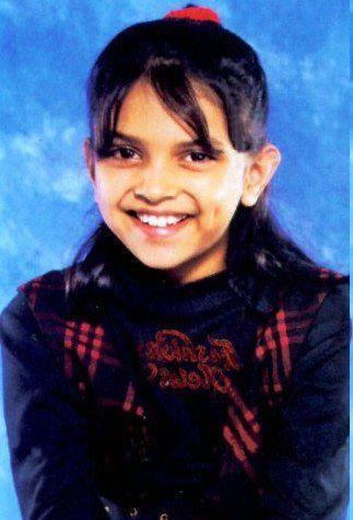 Unbelievably Cute Childhood Pictures Of Top 20 Bollywood Celebrities Deepika Padukone Bollywood Celebrities Bollywood Heroine