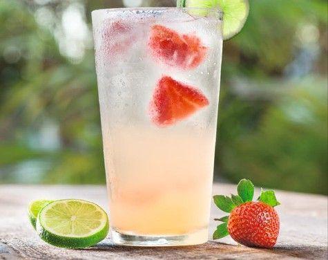 Fresh Strawberry Mango Cooler - Well, if you insist! YUM! | cpk.com ...