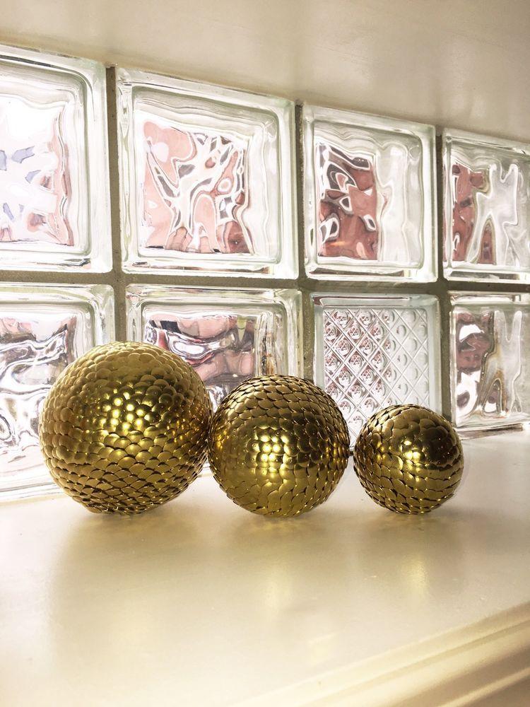 3 vase filler balls gold sphere gold decor ball shelf for Decor 9 iball