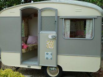 thehappycaravan vintage caravans for sale mes caravanes vintage caravane vintage caravane. Black Bedroom Furniture Sets. Home Design Ideas