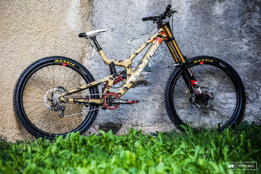 Poll 39 Custom Painted Dh Bikes Which One Is Your Favorite