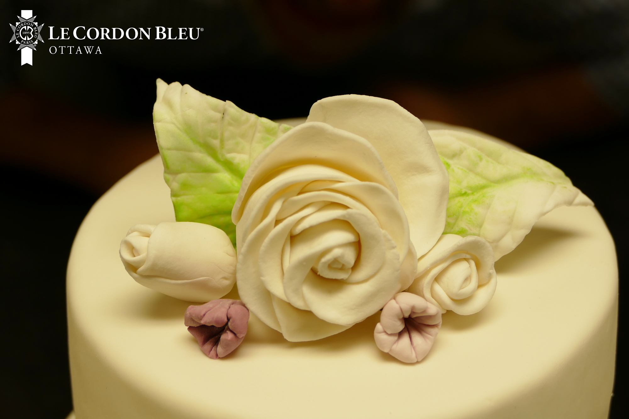 Floral Wedding Cake Decor Student Work Cake Decorating Floral Wedding Cake Confectionary