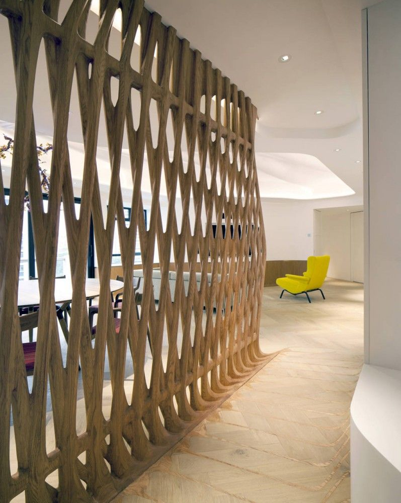 Jardines lookout flat affectt screens and interiors