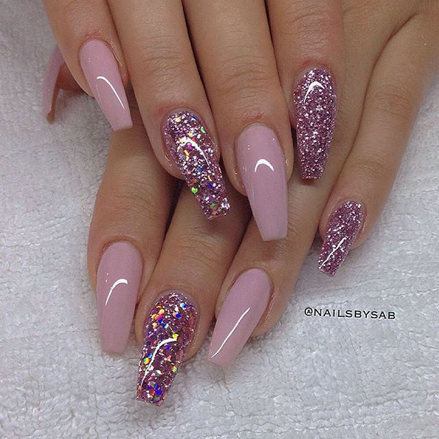 these nails are gorgeous.pink and glitter coffin nails. - 17 Manicures That Will Have You Mad About Matte Acrylics, Makeup
