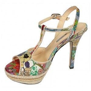 Qué preciosas son estas sandalias de Mario Cerutti!