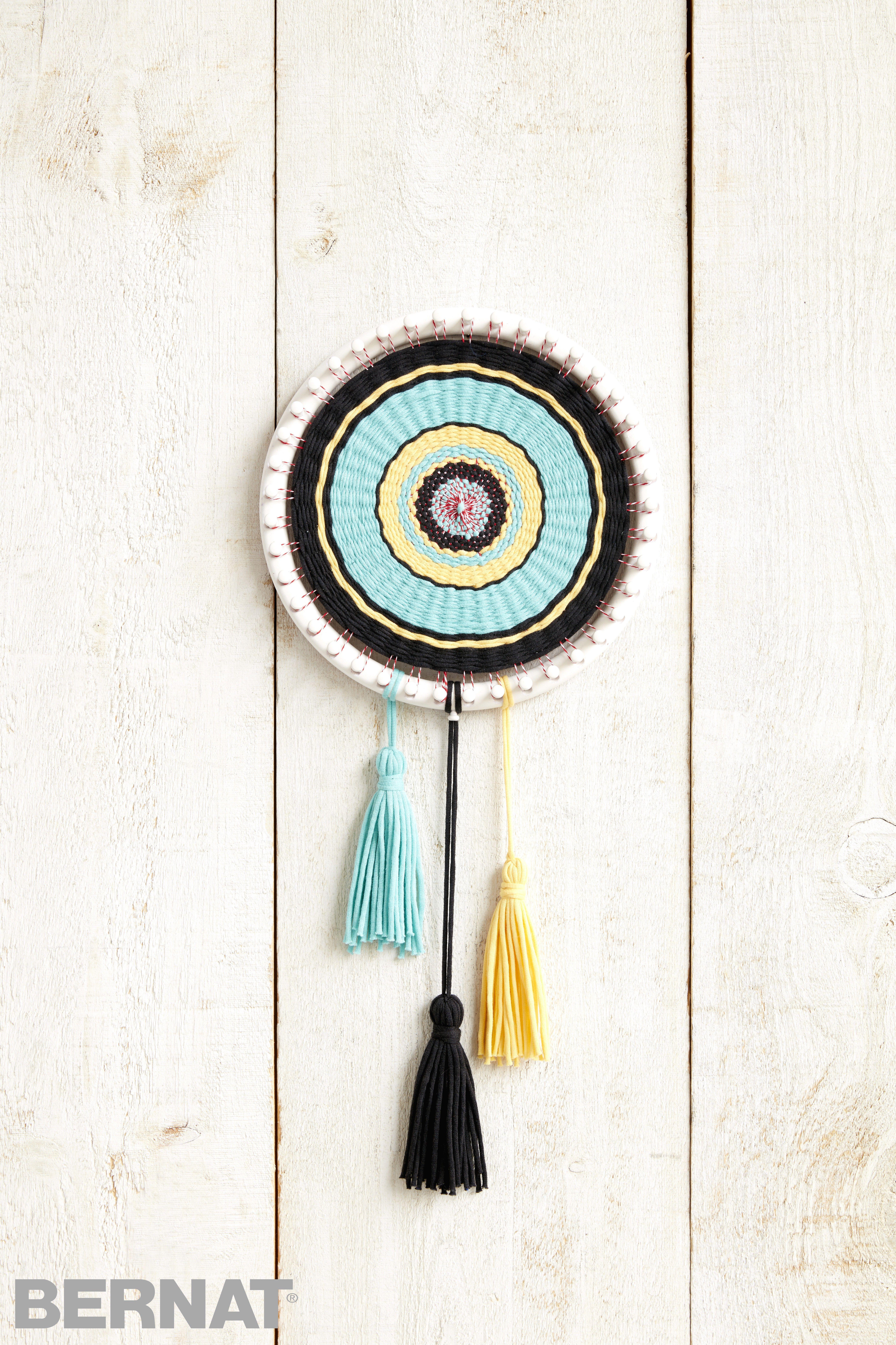 Circle Loom Weaving | No needle? No problem! Use new Bernat Maker ...