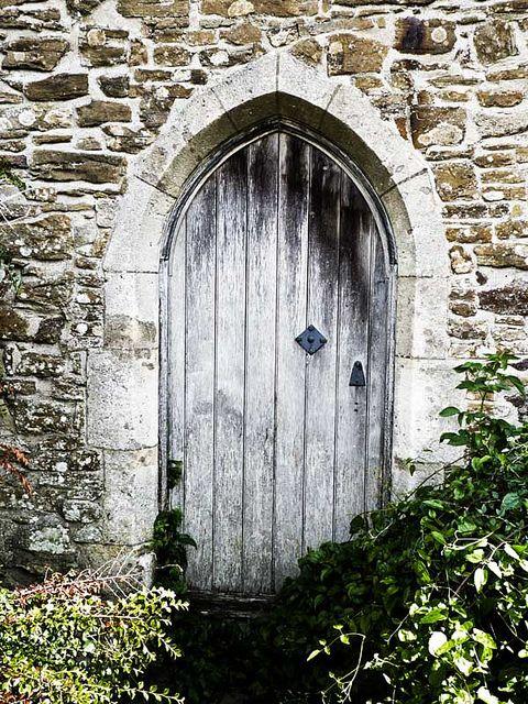 Old Castle Doors | old castle door & Old Castle Doors | old castle door | Doors and Knobs | Pinterest ...
