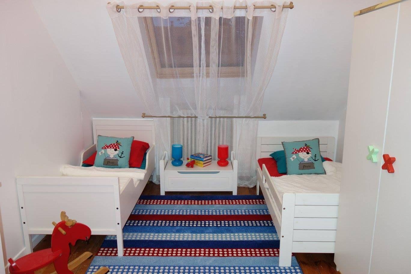 Child Children Home Interior Design Room Sleep Emmanuelle Rivassoux Maison  à Vendre Chambre Enfant Enfants Colors