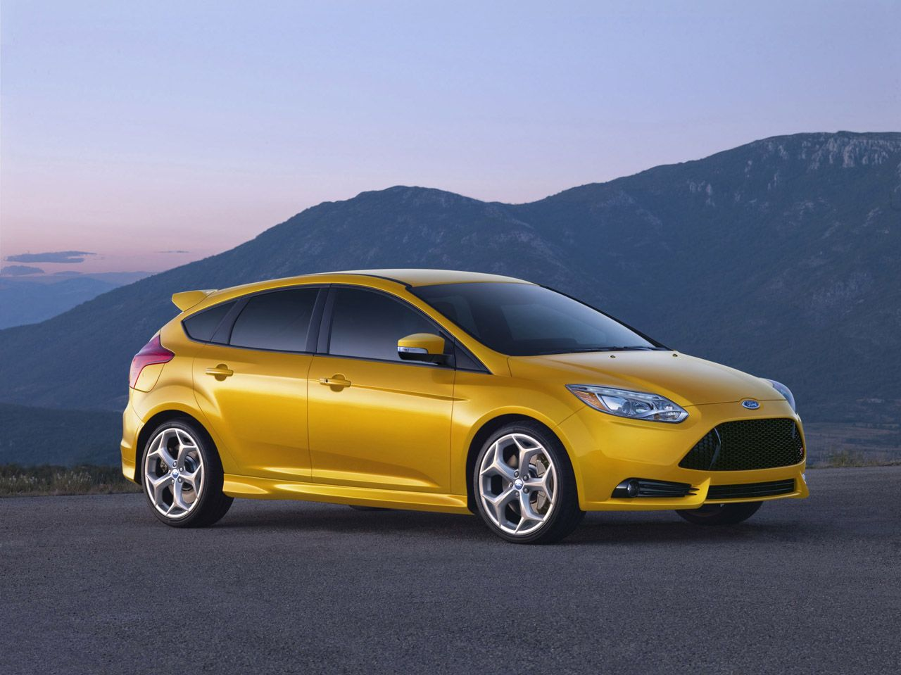 2013 Ford Focus St With Images Ford Focus St Ford Focus New Cars
