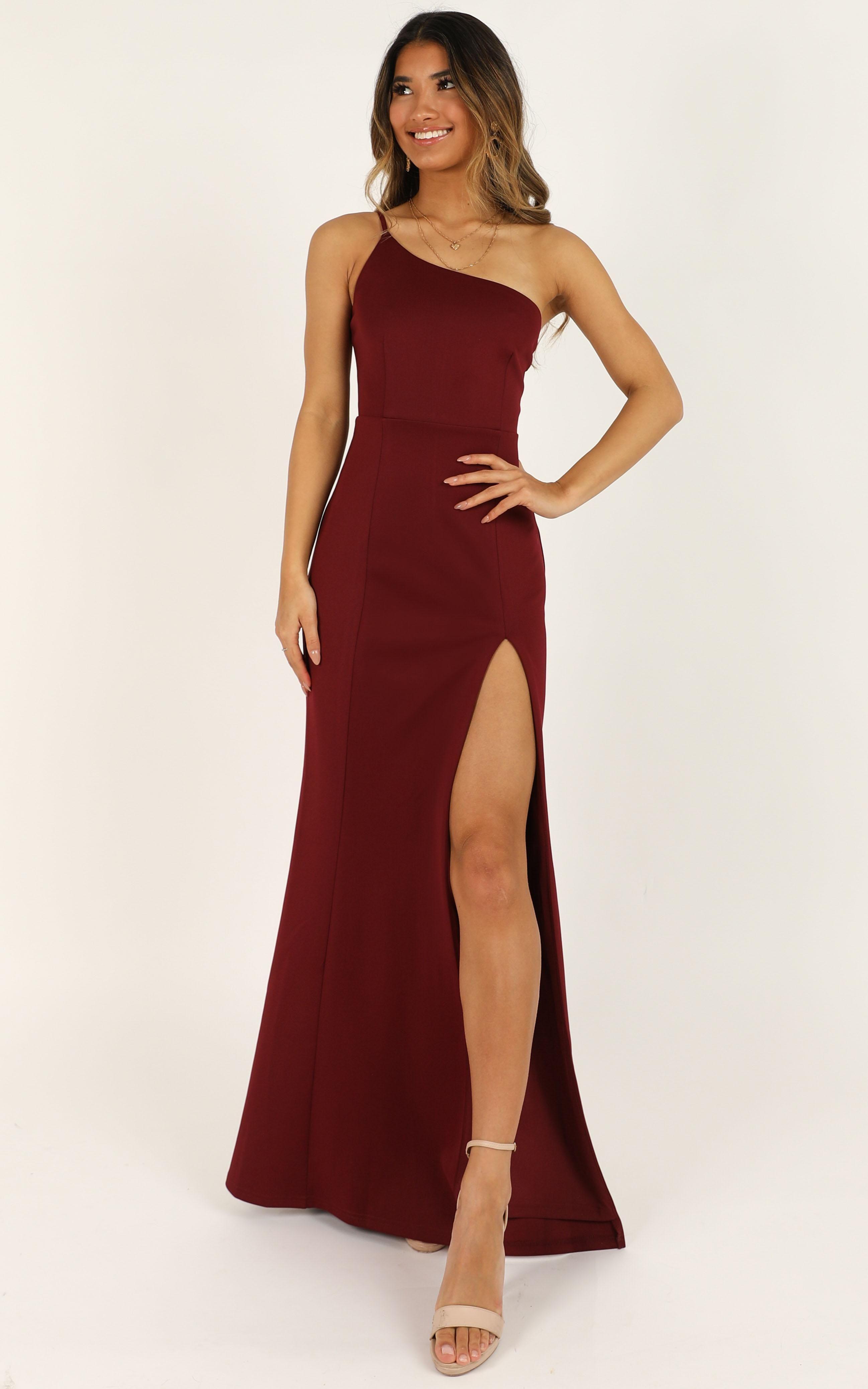 No Ones Fault Dress In Wine Showpo Strapless Dress Formal Homecoming Dresses Dresses [ 4152 x 2595 Pixel ]