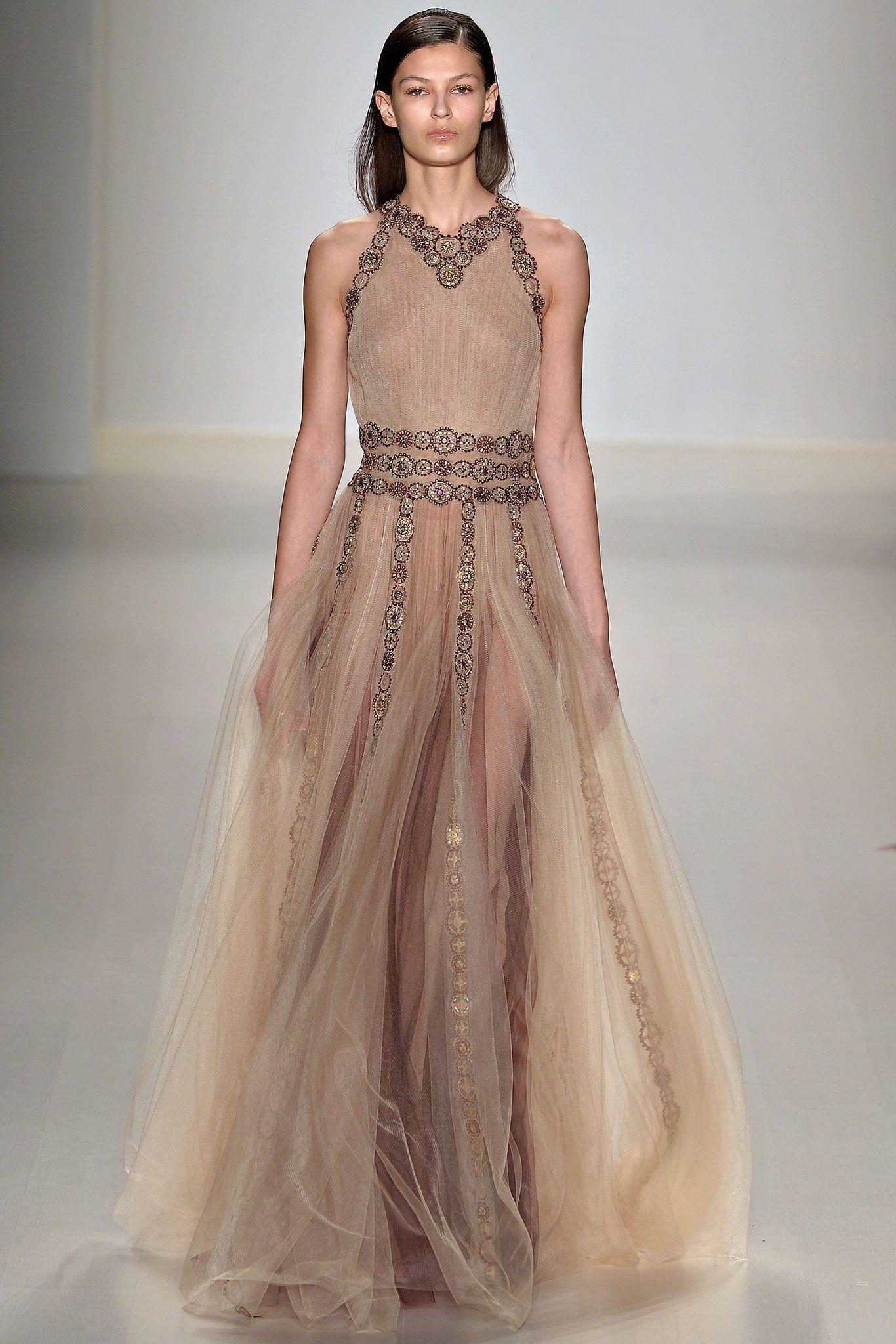 Tadashi Shoji - Fall 2015 Ready-to-Wear - Look 33 of 40