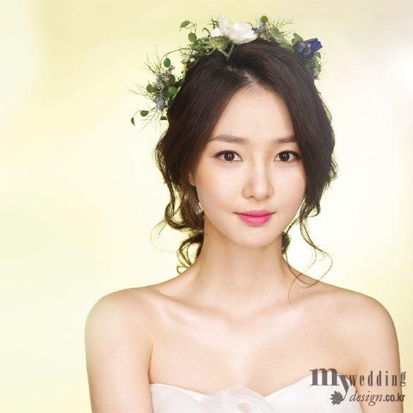 Wedding Hairstyle Korean: Asian Wedding Makeup, Bridal Hairdo