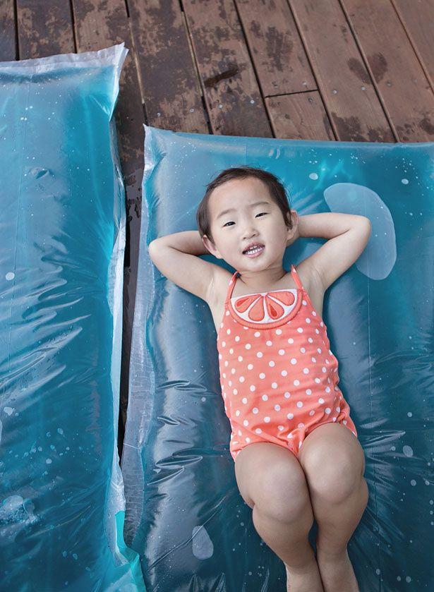 comment fabriquer un matelas d 39 eau pour divertir les enfants en t enfant pinterest jeux. Black Bedroom Furniture Sets. Home Design Ideas
