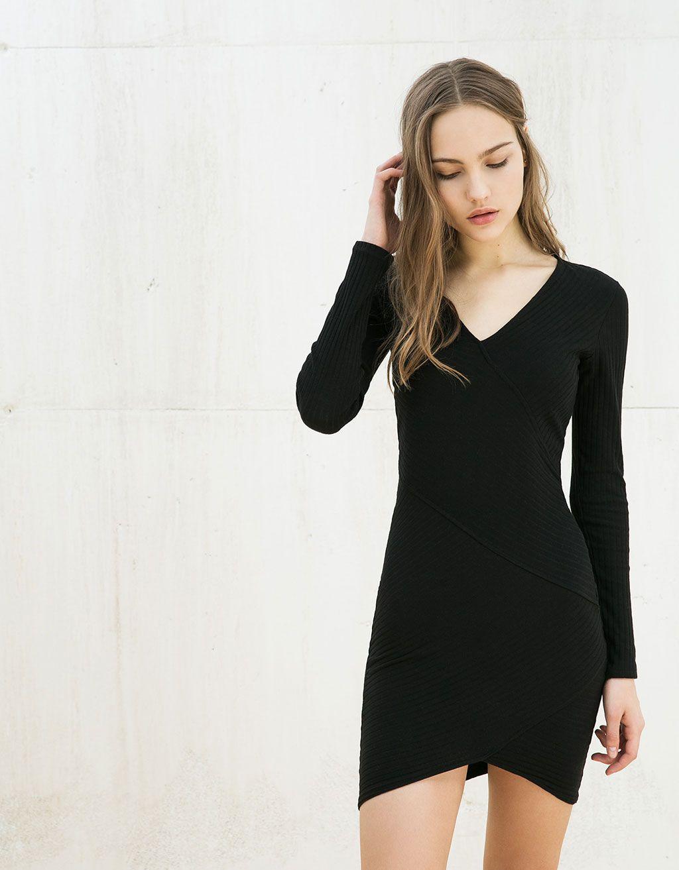 30126a2be8 Bershka Colombia - Vestido ajustado con falda asimétrica