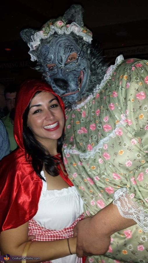 Little red riding hood and her big bad granny wolf halloween little red riding hood and her big bad granny wolf halloween costume contest at costume works solutioingenieria Choice Image