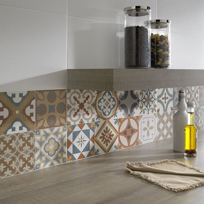 Cr dence cuisine carreaux de ciment patchwork et for Carreaux faience