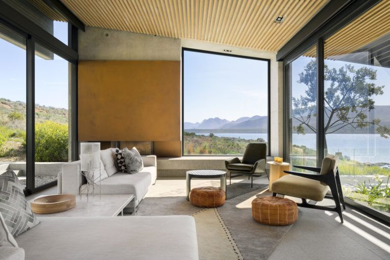 Imposing Retirement Retreat In The Mountains Of The Western Cape