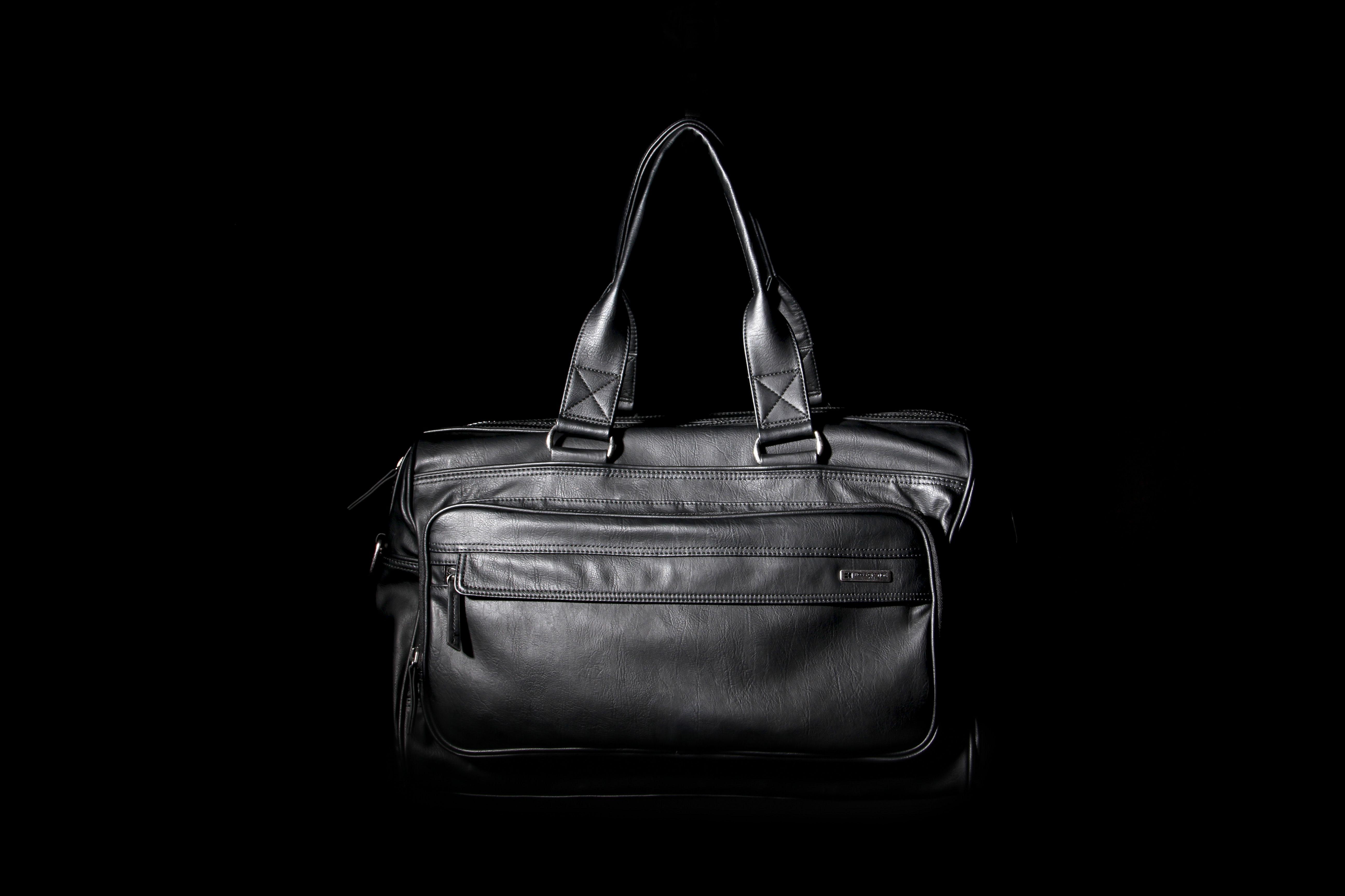 HUGO BOSS LEATHER HOLDALL Designer clothes for men, Mens