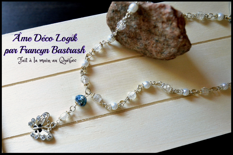 Collier enfant gracieux papillon, perles blanches cristaux acrylique clairs, cristal de verre nuit bleue, strass, noël cadeau, anniversaire