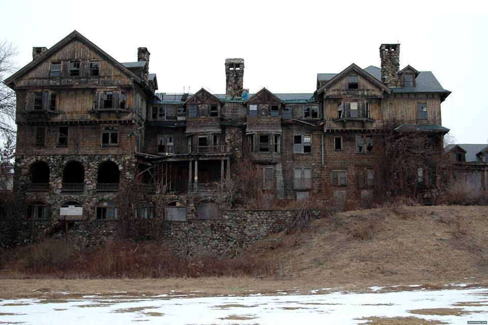 The Most Haunted Place In Each Of The 50 States Creepy Houses Abandoned Houses Abandoned Places