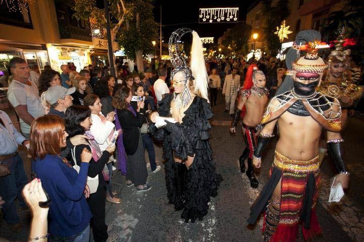 la Noche en Blanco junto con festival por la diversidad Rainbow Fuerteventura, que se celebra del 4 al 8 de diciembre, lo que convertirá a Corralejo