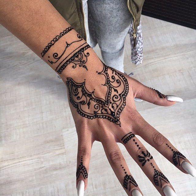 حناء حنتي حنه حنى حنايات حنايه نقش نقوش نقشات كشخه العيد صالون صالونات نقش الحنا ابوظبي دبي Hena Henna Hand Tattoo Henna Designs Mehndi Designs