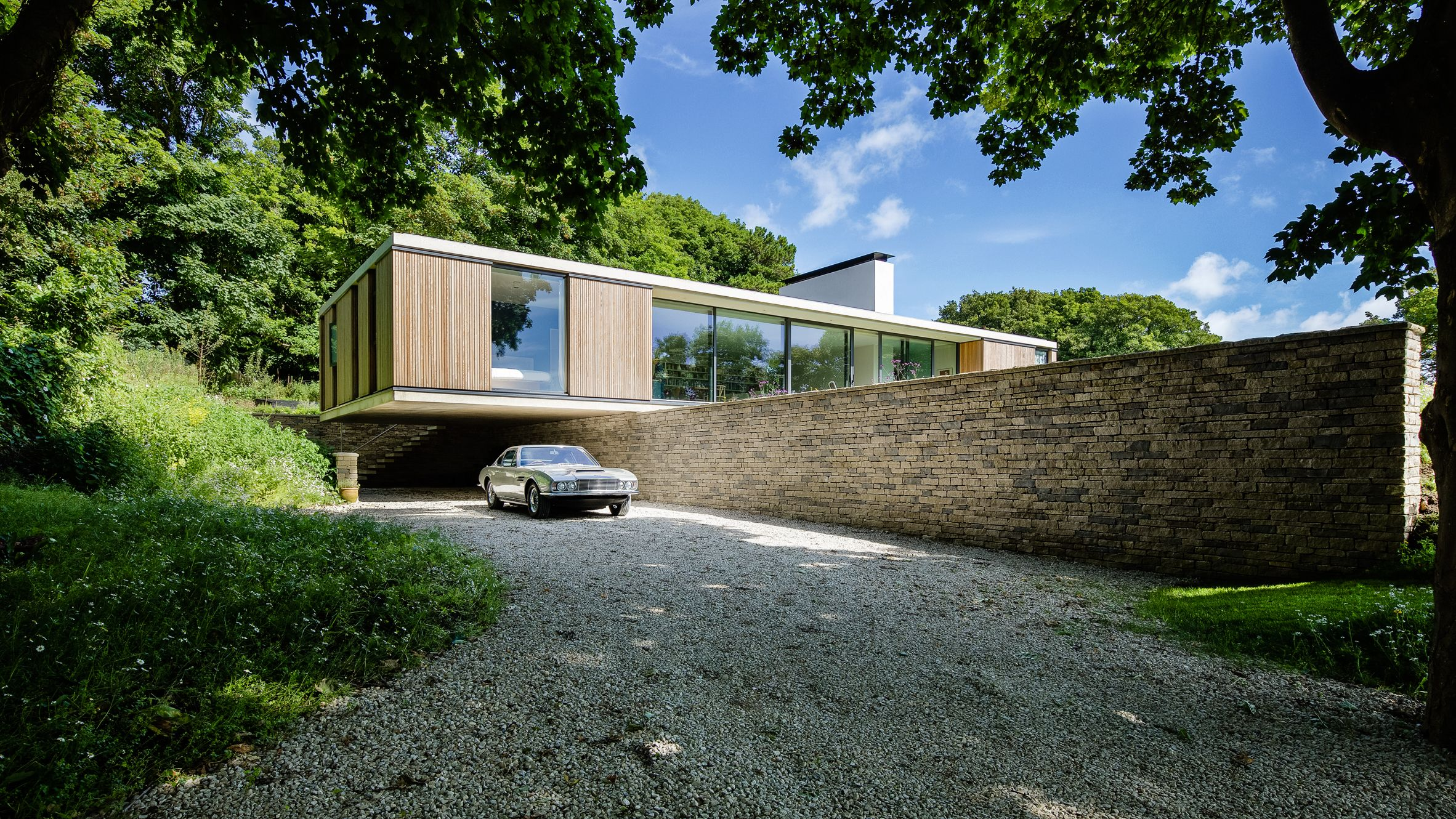 Ström Architects completes contemporary bungalow for retired couple ...