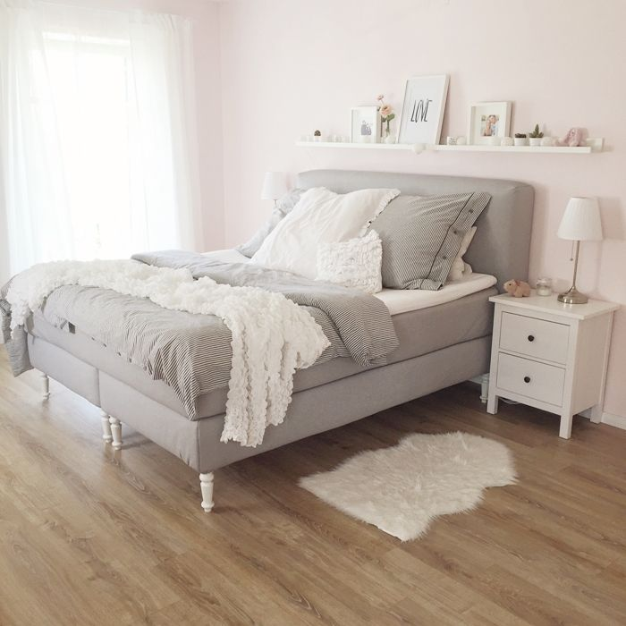 wir bauen ein haus schlafzimmer boxspringbett luxury and bedrooms. Black Bedroom Furniture Sets. Home Design Ideas