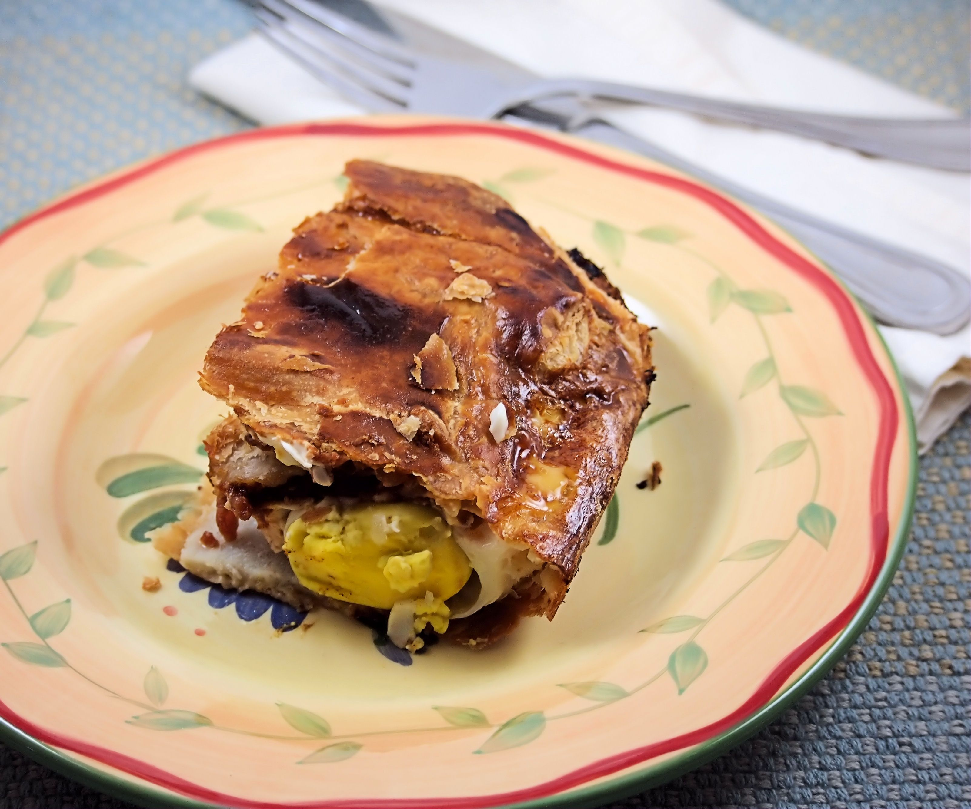 A Hearty New Zealand Breakfast Bacon Egg Pie Recipe Bacon Breakfast Breakfast Casserole Best Breakfast
