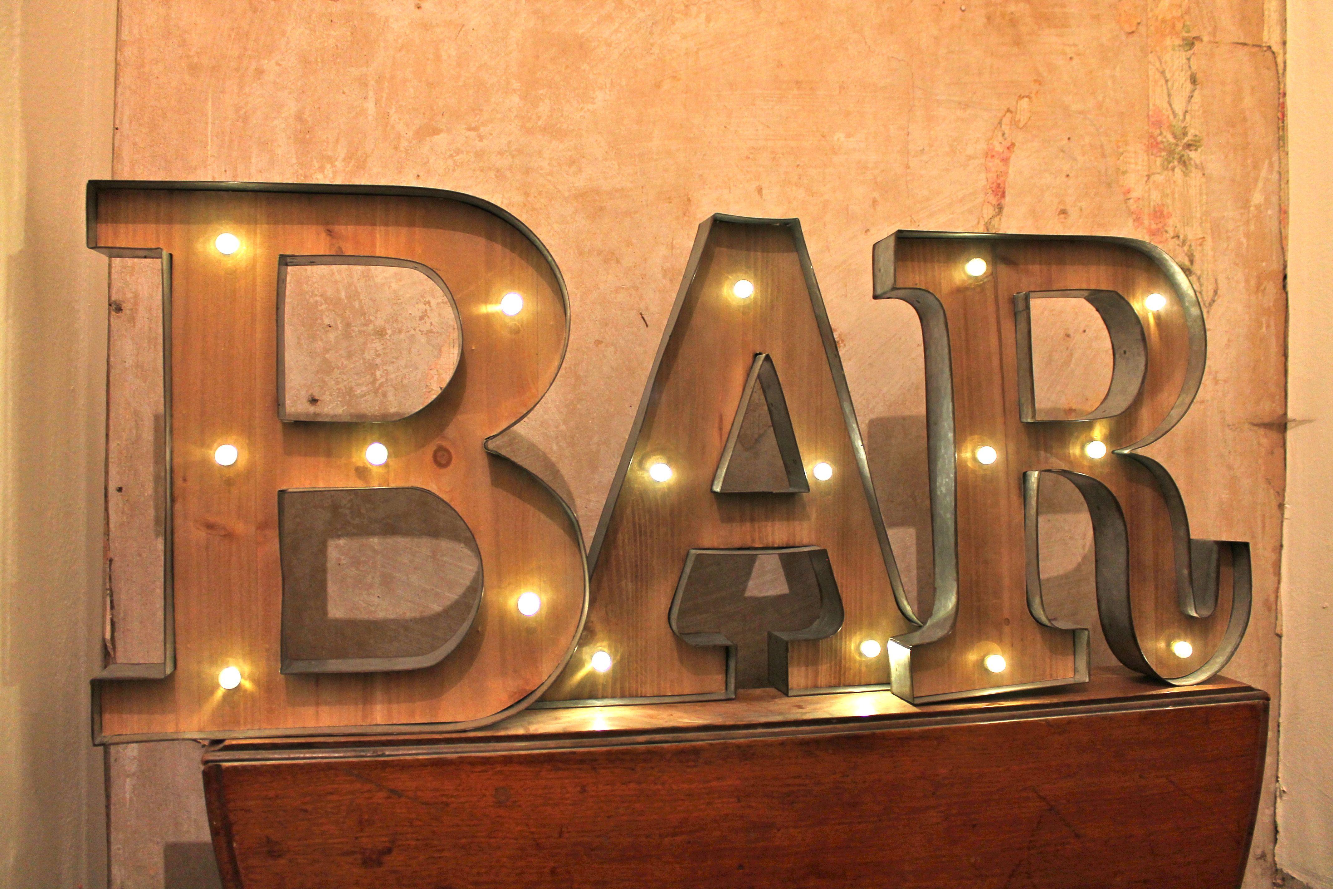 Bar Deko leuchtschrift leuchtreklame bar leuchtbuchstaben vintage deko retro