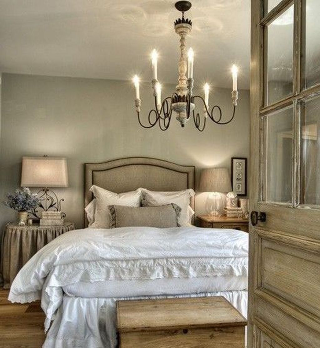 49 Beste Ideen Um Schlafzimmer Besonders Gemütlich Und Romantisch Zu Machen Diy Und Deko Home Decor Styles Small Master Bedroom Farmhouse Style Bedrooms