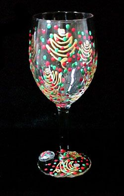 Christmas trees design hand painted wine glass 8 oz for Hand painted wine glass christmas designs