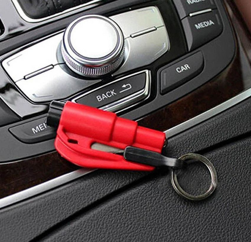 First Aid Emergency Car Escape Rescue Tool Keyring Glass Breaker Seatbelt Cutter