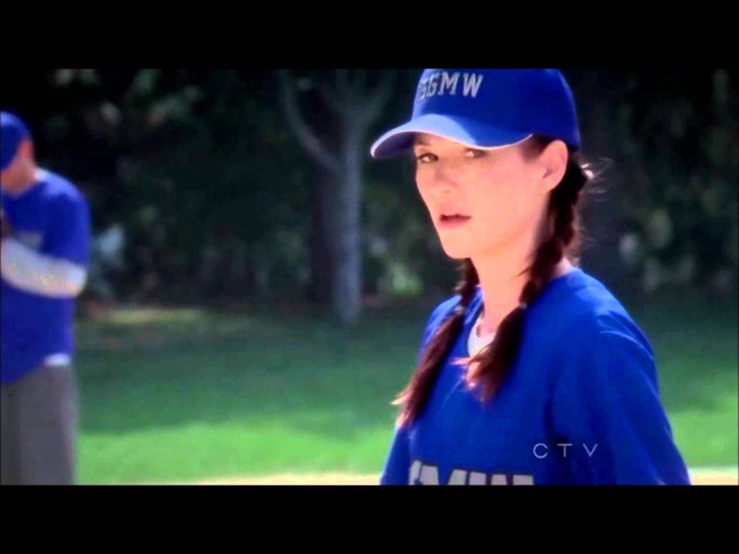 Grey\'s Anatomy S08 E07 Lexie hits Marks GF with Ball | greys ...