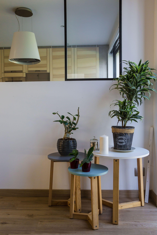 Une décoration minimaliste utilisant des matériaux bruts et des ...