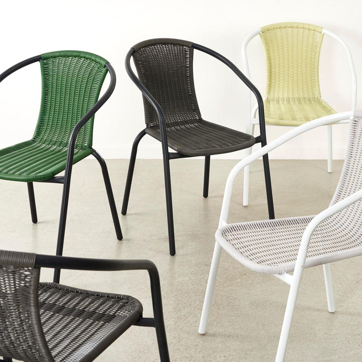 Gerona Stapelstoel Grijs H 77 X B 53 X D 58 Cm Gerona Stapelstoel Grijs H 77 X B 53 X D 58 Cm Chaise Empilable Chaise De Jardin Mobilier De Salon