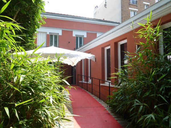 Villa9Trois - Photo Mademoiselle Cécile