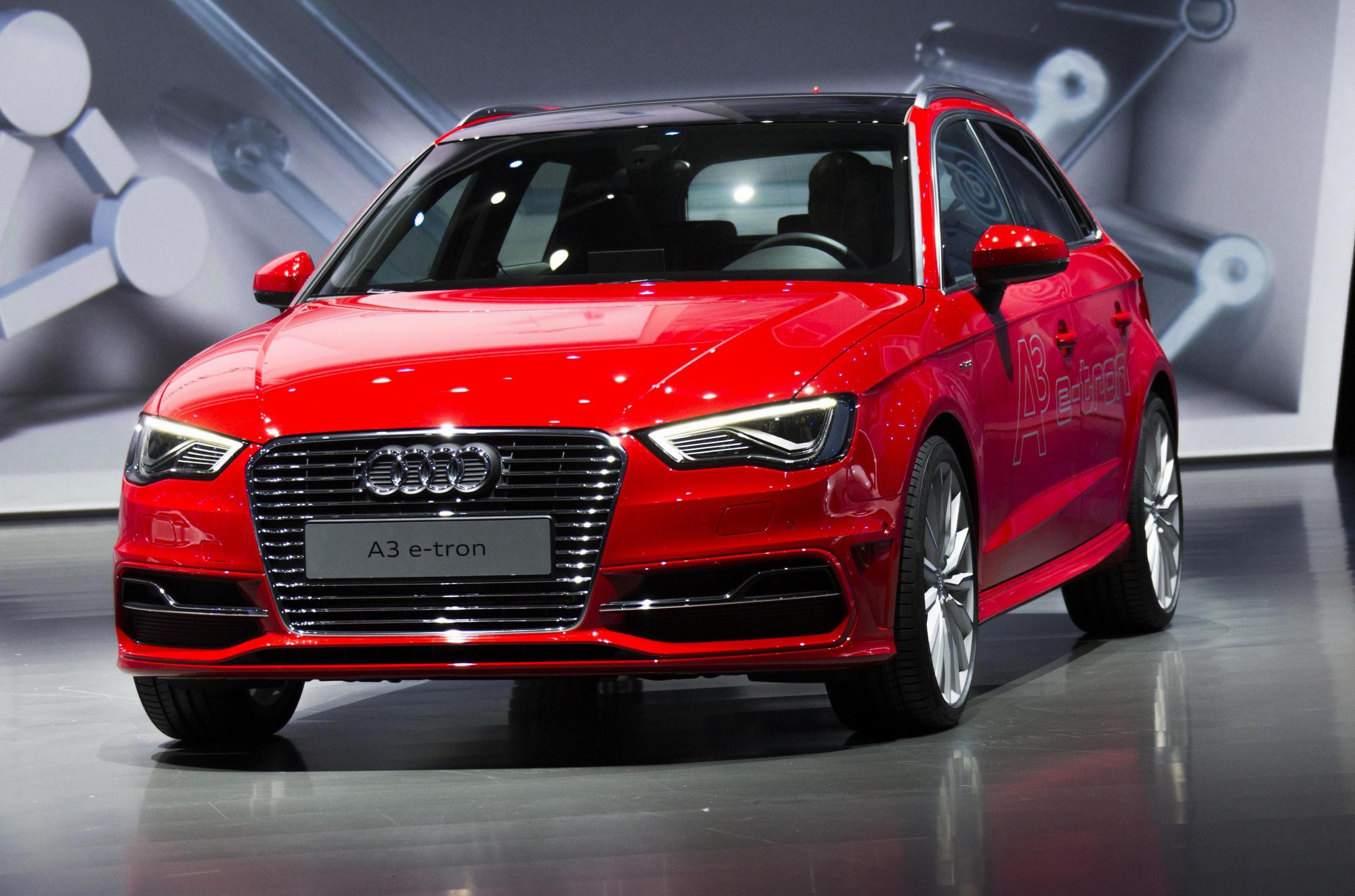 Audi A3 etron Photos and Specs. Photo Audi A3 etron