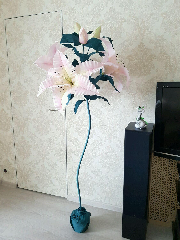 8b50050220e90 Купить Лилия из гофрированной бумаги - большие цветы, гигантские цветы,  оригинальный подарок, украшение интерьера