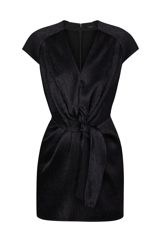 38570b4a3b Fine Pleats Dress With Knot Detail em 2019 | Louis Vuitton