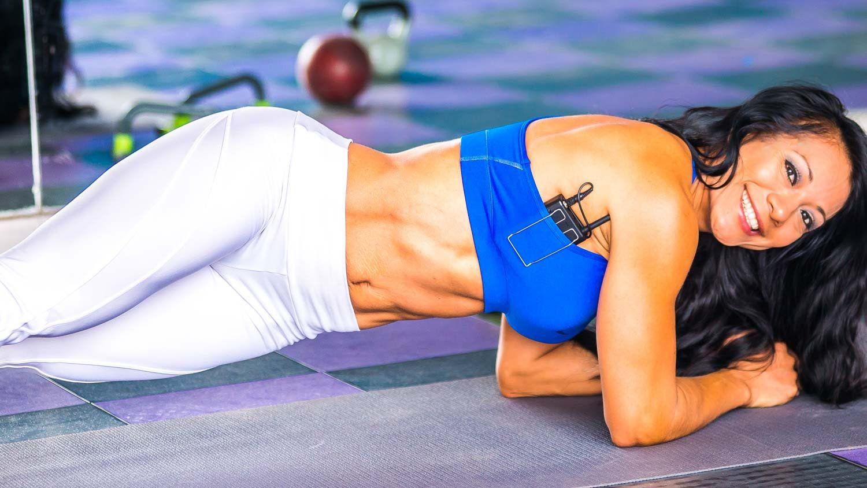 Rutina de ejercicios para abdominales six pack video con - Videos de zumba para hacer en casa ...