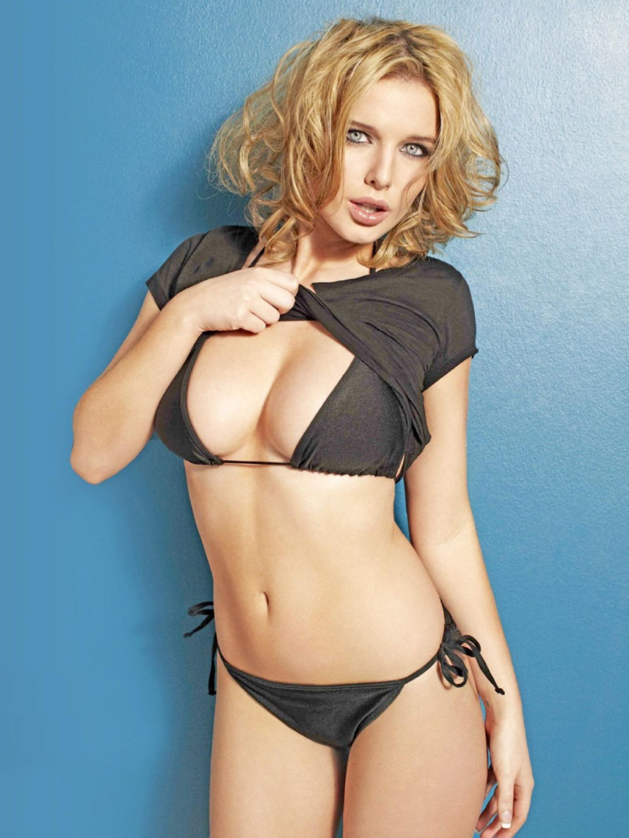 Helen Flanagan Calendar 2014 in helen flanagan | celebrities in bikinis | pinterest | helen