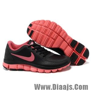 super popular 18758 3b342 Womens Nike Free 5.0 V4 in Black Coral Red